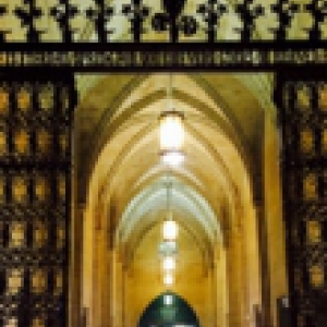 The Cathedral of Learning gate