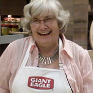 Dodd smiling in a white Giant Eagle branded apron